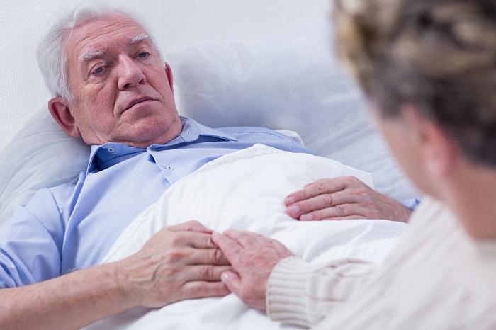 необходимый присмотр за лежачим пенсионером