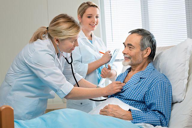 особенность ухода за лежачим больным