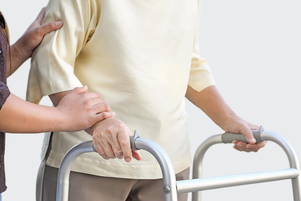 уход в санатории при переломе шейки бедра