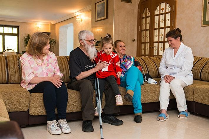 жизнь в доме престарелых