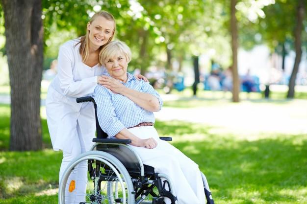как мы заботимся о пожилом человеке